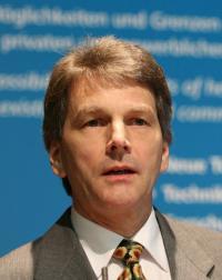 Jörn Schwarz vom DKV referierte zur Energieeffizienz bei Gewerbekälte