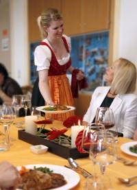 VEGA-Pokal 2010: Tischwäsche sowie die Berufskleidung sponserte VEGA gemeinsam mit Jobeline und Hotelwäsche Erwin Müller