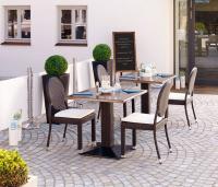 """Geflechtstühle """"Jacomo"""" / Bildquelle: Alle VEGA Vertrieb von Gastronomiebedarf GmbH"""