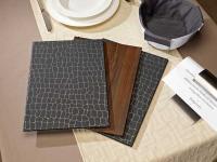 Elegant und anpassungsfähig sind die neuen cellophanierten Kartonkarten von VEGA
