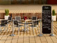 ATELIER — Creation by Vega — ist ein flexibles Tafelsystem für den Innen- und Außenbereich / Bildquelle: Alle VEGA