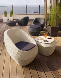 """Willkommen in der trendigen Chillout-Lounge — die Outdoor-Flechtmöbel-Serie """"Seaside"""" von VEGA / Bildquelle: VEGA Vertrieb von Gastronomiebedarf GmbH"""