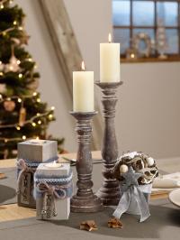 Trendige Vintage Deko für den Weihnachtstisch: Die rustikalen Teelichter, Kerzenhalter und Weihnachtstöpfchen passen gut zum modernen Landhaus-Stil, alle Bilderechte VEGA