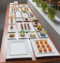 Neue Maßstäbe für die Tischkultur: Die Porzellan-Serie Moonscape von VEGA überzeugte die Juroren des iF product design award und des red dot design award / Bildquelle: Alle VEGA