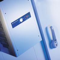 Aggregat mit thermostatischer Regelung