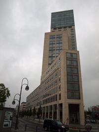 Das Waldorf Astoria in Berlin - die Hotelbranche wächst hier unter den vielen Neueröffnungen durch Investoren; Bildquelle S. Brenning Hotelier.de