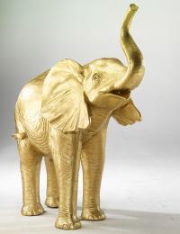 Der Elefant: Symbol von Macht, Weisheit, Frieden, Glück, Kraft und Festigkeit. Bildquelle www.dekowoerner.de