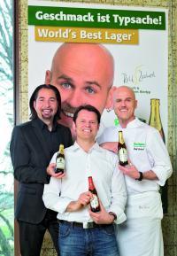 Von links nach rechts:Andreas Kiesewetter, Brauerei-Chef Dieter Schmid und der Starkoch Ralf Zacherl