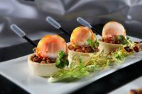 Pangasius Wildlachs Roulade zum selber Räuchern auf Ratatouille Salat mit Frisee Spitzen, Rezept von Sven Gieseler, Best Western Premier Park Hotel, Kronsberg 1. Sieger HUG-Wettbewerb