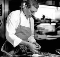 Der Drei-Hauben-Koch hat das Küchenzepter im Taubenkobel 2014 von Walter Eselböck übernommen (c) Taubenkobel*