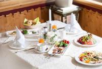 Frühstück im alpinahotel LifeStyle im Zillertal