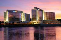 Die zwei Hotelgiganten in Nevada, die nun zum Softbrand BW Premier Collection gehören, sind mit insgesamt über 4.000 Zimmern die beiden größten Hotels der Hotelgruppe weltweit. Im Bild: Aquarius Casino Resort / Bildquelle: Best Western