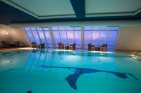 Panorama-Pool im Haus Westerland Sylt / Bildquelle: arcona HOTELS & RESORTS