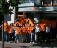 Das artepuri®-Team startet durch für den Rügenbrückenlauf am 16. Oktober 2010  (2.v.l. Hoteldirektorin Susanne Kiefer)