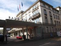 Luxushotel Baur au Lac von außen / Bildquelle: Sascha Brenning - Hotelier.de