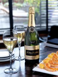 Brut Chardonnay von Nicolas Feuillatte Champagner; Bildquelle jeschenko.de