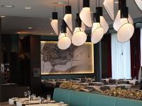 Großzügiges Restaurant Interior Design im 'Basilico' des Dorint Airport-Hotel Zürich / Bildquelle: Sascha Brenning - Hotelier.de