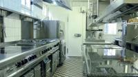 Eine optimale Raumausnutzung kennzeichnet die neue Küche im Stüber's Rheinhotel Bacharach