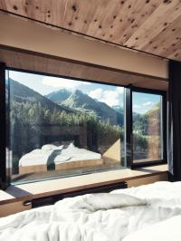 Fensterausblick Gradonna****S Mountain Resort; Bildrechte Schultz Gruppe