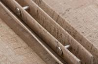 Buchschrauben innen verdeckt montiert / Bildquelle: GASTROKART® | Andrea Giloy