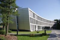 Ein zukunftsweisender Gebäudelook verkörpert innovativen Inhalt: Im rheinländischen Neuss hat german contract (gc Wärmedienste GmbH) seinen Firmensitz / Bildquelle: Alle german contract