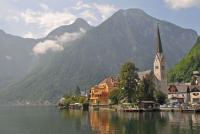 Idyllischer Hallstätter See mit Landungsplatz in Oberösterreich - so schön kann es nur hier sein!