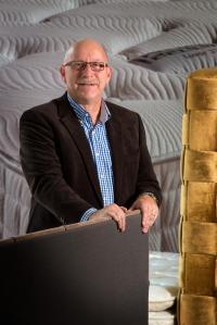 Hermann-Josef Hantermann baut auf vier Jahrzehnte Erfahrung und Fachkompetenz / Bildquelle: Hantermann NORD - Hotel- und Objektausstattungen GmbH & Co. KG