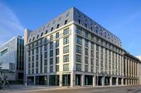 Holiday Inn Express Berlin — Alexanderplatz Außenansicht / Bildquelle: InterContinental Hotels Group (IHG)