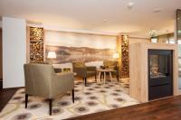 Hotel Albtalblick Eingangsbereich / Bildquelle: XXXL Neubert Hoteleinrichtung