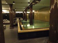 Der Indoorpool im Rocco Forte Hotel de Rome mit 20 m einer der längsten Hotelpools in Berlin / Bildquelle: Sascha Brenning - Hotelier.de