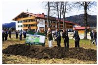 Spatenstich für das Hotel Dorf Gut Steinbach: Bildquelle gdelimited.com