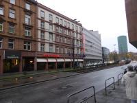 Schmucklos, aber mit gutem 4 Sterne Service direkt am Hauptbahnhof: Das Hotel National
