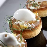 Omas Rahmkuchen gebacken und gefroren/ Pfirsich-Dillgel/