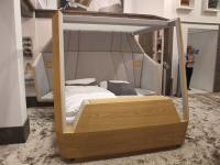 Eine echte Topneuheit: Der Bett-Prototyp 'AMBISUITES', eine Verbindung aus komfortablem Luxusbett und Service-App von Hotelwäsche Erwin Müller / Bildquelle: Alle Sascha Brenning - Hotelier.de