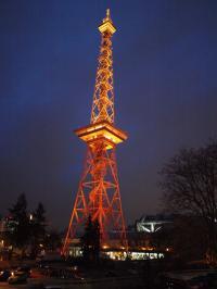 Nicht nur draußen am Fernsehturm eine stimmungsvolle Messe: Die ITB 2015 / Bildquelle: Alle Sascha Brenning - Hotelier.de