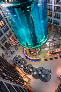 Atemberaubende Lobby im Radisson Blu Berlin, Bildquelle Radisson