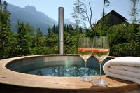 """Hot Tub / Bildquelle: Luxuslodge """"Zeit zum Leben"""