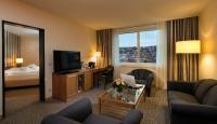 Komfortable Junior Suite im  Maritim Hotel Stuttgart
