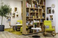 Die neue Lobby im Novotel München City Arnulfpark lädt zum Entspannen und Verweilen ein. / Bildquelle: AccorHotels