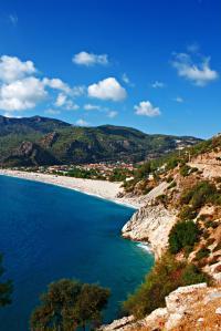 Herrlicher Strand bei Ölüdeniz (Fethiye) in der Türkei