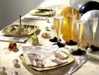 Gedeckter Tisch für Silvester / Bildquelle: PAPSTAR GmbH