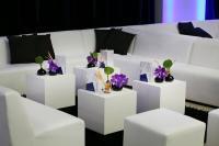 Eventdesign 2014: Schwarz-weiß ist in, hier im Industrial Design / Bildquelle: Party Rent GmbH