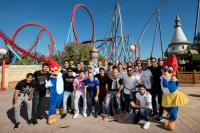 Erste Mannschaft des FC Barcelona verbringt Familientag in PortAventura / Eigentümer  FTP Edelman