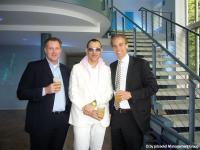 """""""Die Köpfe hinter prizeotel"""": Marco Nussbaum, Co-Founder und CEO prizeotel; prizeotel-Designer Karim Rashid; Dr. Matthias Zimmermann, Co-Founder prizeotel (v. l. n. r.)"""