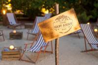Die Cast away Beach im Pullman Hote Munic; Bildquelle max-pr.eu