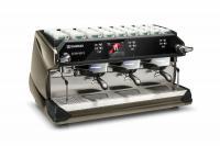 Die Rancilio Classe 11 mit revolutionärem Bedienkonzept für eine noch direktere Interaktion zwischen (Espresso-)Maschine und Mensch / Quelle: Rancilio Group