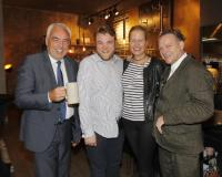 Hans-Rainer Schröder, Restaurantleiter Patrick Patrick Ohlerich, Andrea und Frank Waldecker / Bildquelle: Agentur Baganz/Birgit Laurent