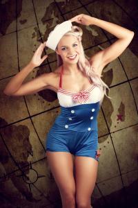 Pin Up Girl als Sailor Motiv für den Kalender - passt auch auch gut für Hotels an der Nord- und Ostsee