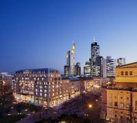 Zentral zu sehen das Sofitel Frankfurt Opera; Bildquelle Sofitel ©CellsBauwelt München