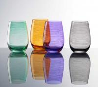 Farbige und geringelte Becher / Bildquelle: Stölzle Lausitz GmbH